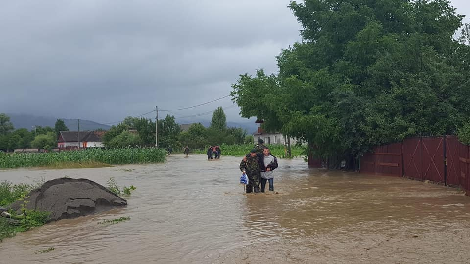 Heavy rain causes floods in central and Eastern Romania | Romania Insider